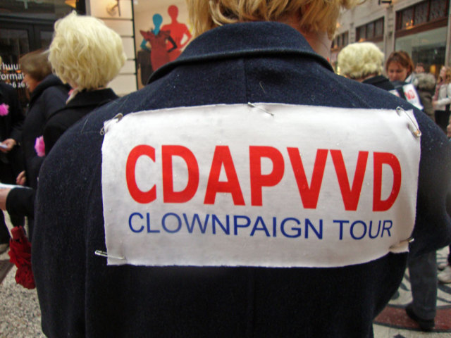 CDAPVVD Clownpaign Tour: The Blond Parties want your vote! The Hague, Febr. 26th 2011. Photo: Karen Eliot