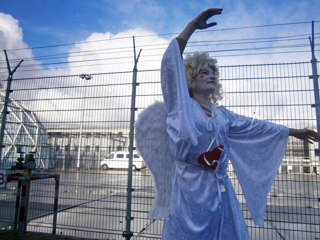 Angels without borders near Detention Centre Zaandam, December 18th 2011. Photo: Angel Eliot