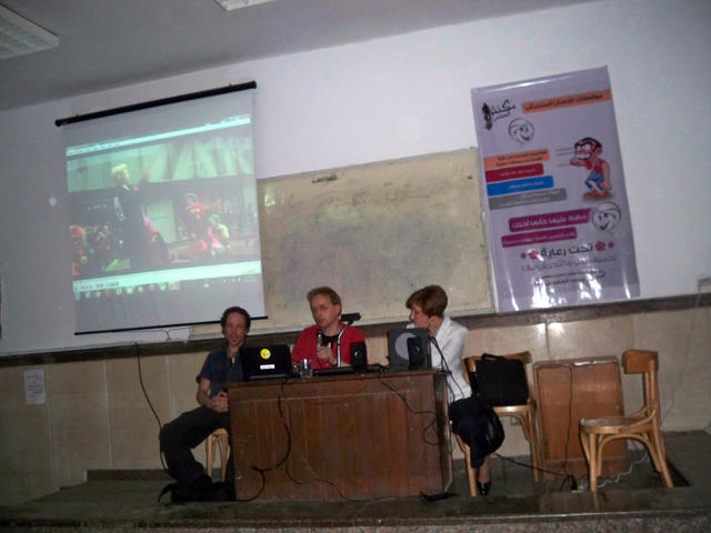 Rebel Clown presentation Ain-Shams University Cairo - November 2012 - Photo: Hans and Maro